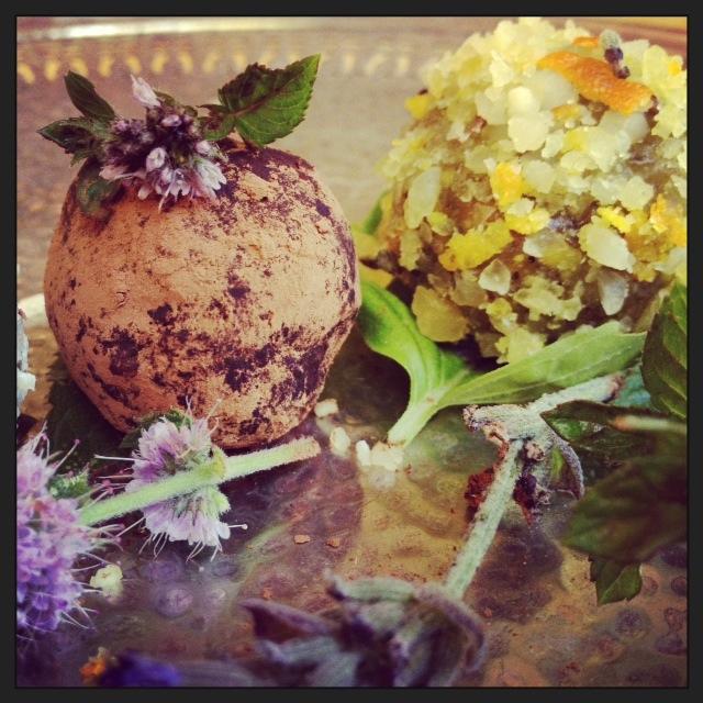 #Raw Pitta-reducing Pistachio Truffles