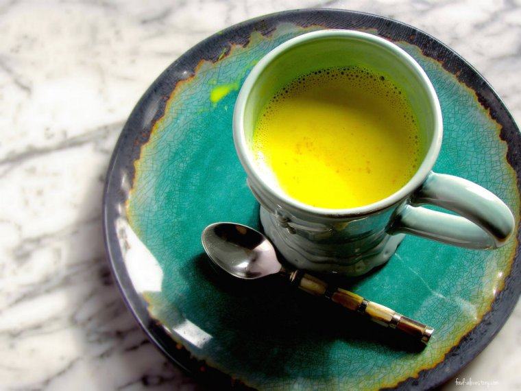 golden milk-turmeric and boiled full fat milk